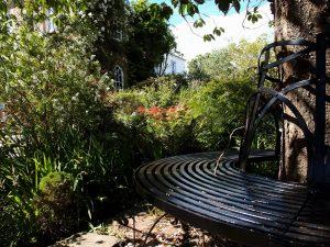 Whitehouse B&B garden